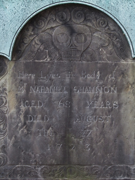 Skull and inscription on grave at Granary Burial Ground
