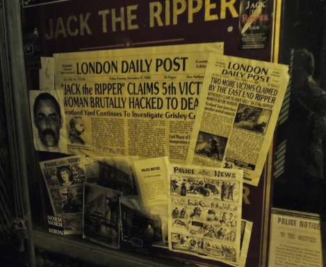 Jack the Ripper newspaper articles and FBI photofit