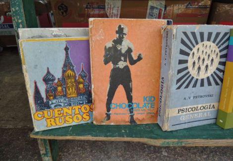 La Habana Plaza de Armas Books