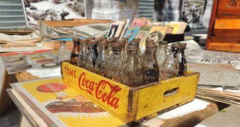 La Habana Plaza de Armas Cola