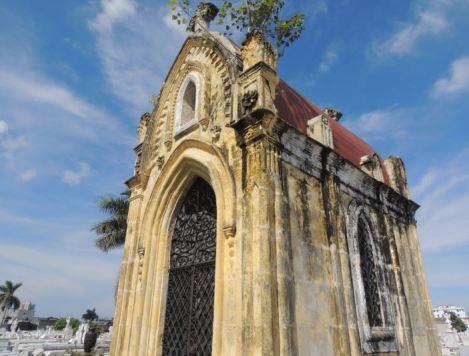 Cementerio Colon Mausoleum