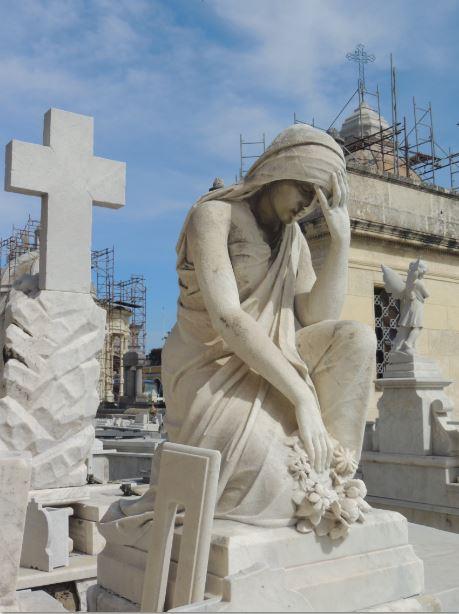 Cementerio Colon Scaffolding